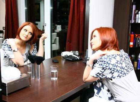 Ioana Maria Moldovan revine la Povestiri Adevarate cu un nou look!