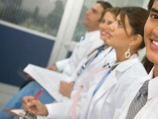 Burse pentru studentii de la facultatile de stomatologie