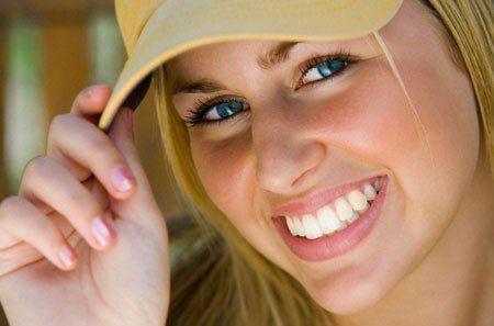 Alungirea dintilor, cea mai noua moda in operatiile estetice