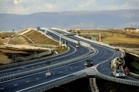 Contractul cu Bechtel pentru autostrada Transilvania a fost reziliat. Cat pierde Romania