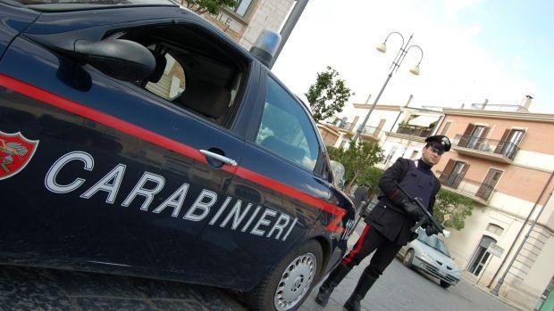 Italia. Doi hoți români s-au făcut de râs după ce au spart o brutărie!