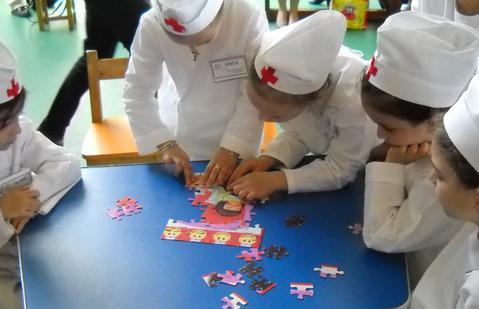 Programa scolara 2013 – 2014 va cuprinde o noua materie: Educatia sanitara