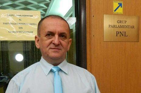 Radu Zlati: Tariceanu a jucat rolul de opozant al tuturor initiativelor venite din partea conducerii PNL