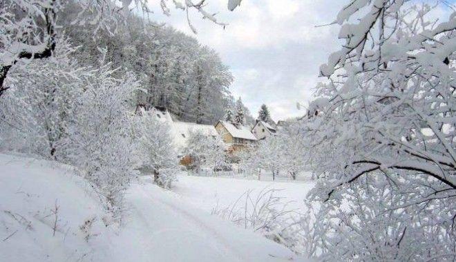 ANM anunță o iarnă grea după cel mai călduros octombrie din ultimii 53 de ani! România, lovită de vortextul polar. Când apar ninsorile