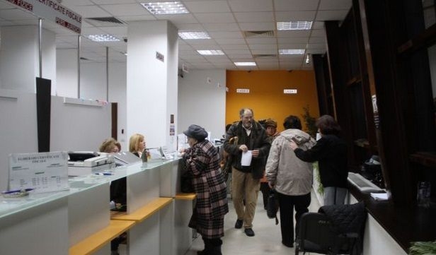 Program de Sarbatori 2013-2014 la Directiile de Taxe si Impozite din Sectoarele 1, 3 si 4 din Bucuresti