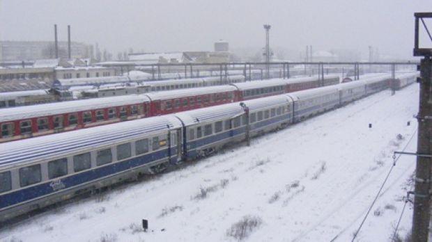 CFR a introdus in circulatie o pereche de trenuri pe relatia Bucuresti-Galati. 133 de garnituri raman anulate