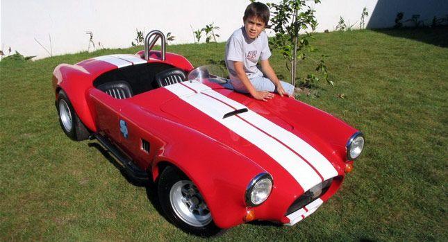 Cobra, masina de jucarie care costa cat trei Dacia Logan. GALERIE FOTO