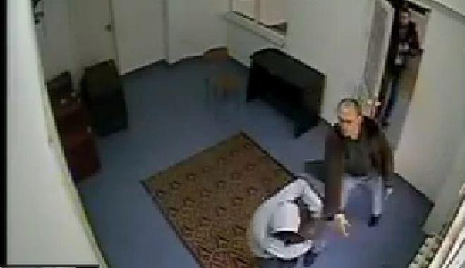 Filip Cezar Constantin, politistul din Piatra Neamt care a batut o minora, a demisionat UPDATE