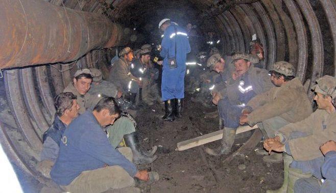 Grevă spontană la Complexul Energetic Oltenia. Minerii au oprit lucrul