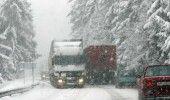 Ninsoarea a revenit în România. Drumarii au intervenit de urgență