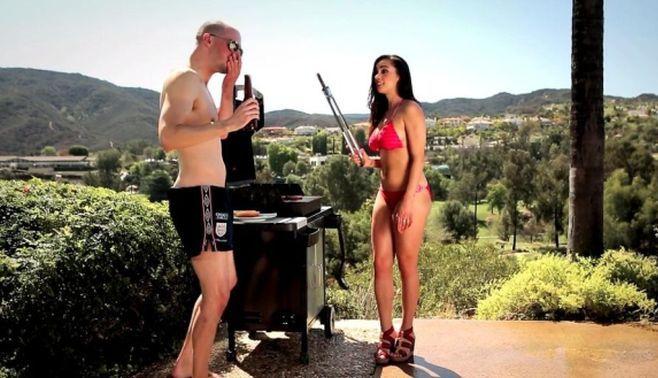VIDEO INTERZIS MINORILOR! Cel mai PORNO filmulet de pe…