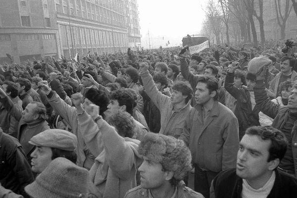Video. Revoluția română din decembrie 1989 – 22 decembrie – Fuga soților Ceaușescu