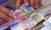 CURS VALUTAR: LEUL se simte bine fata de EURO dar nu si de DOLAR