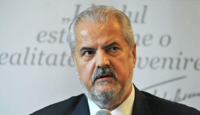 Adrian Năstase are un scenariu sumbru pentru PSD și un avertisment pentru Viorica Dăncilă