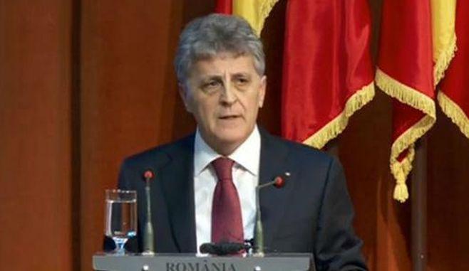 ARMATA ROMANA va contribui la Forta de Raspuns a NATO cu sase ELICOPTERE