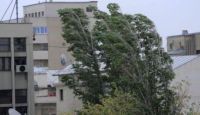 București. Prognoza specială pentru Capitală: Vânt de 70 km/h și temperaturi scăzute