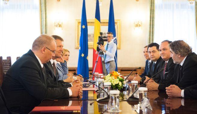 Consultările de la Cotroceni privind aplicarea rezultatului referendumului încep azi. Programul acestora