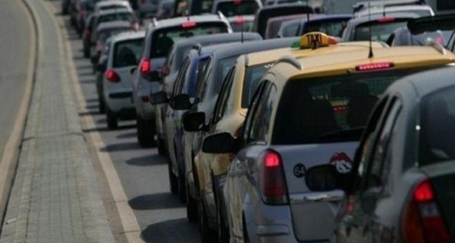 Haos pe Valea Prahovei! Traficul a fost deviat pe DN 1A! Românii revin din vacanța de Paște