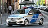 UNGARIA: Alti 4 ROMANI retinuti pentru TRAFIC DE PERSOANE. Transportau 21 de IMI…
