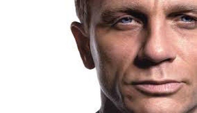 Daniel Craig va conduce în noul film 'James Bond' o mașină electrică în valoare de 250.000 de lire sterline