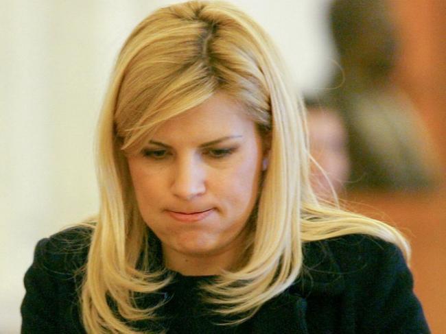 Elena Udrea este distrusă! Blonda s-a internat în spital și trece prin clipe groaznice