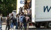 Autoritatile bulgare au RETINUT noua sirieni ASCUNSI intr-un CAMION ROMANESC