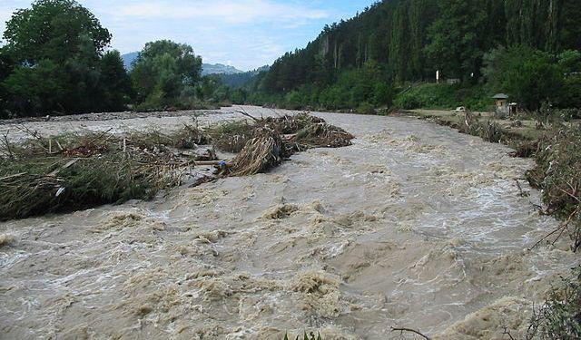 Cod galben de inundații! Hidrologii au anunțat care sunt zonele vizate