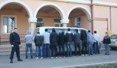 Zeci de IMIGRANTI, barbati intre 20 si 40 de ani, RETIUNUTI cand incercau sa intre in Romania