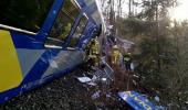 11 MORTI si 78 de RANITI in urma accidentului de tren din Germania. O romanca, i…