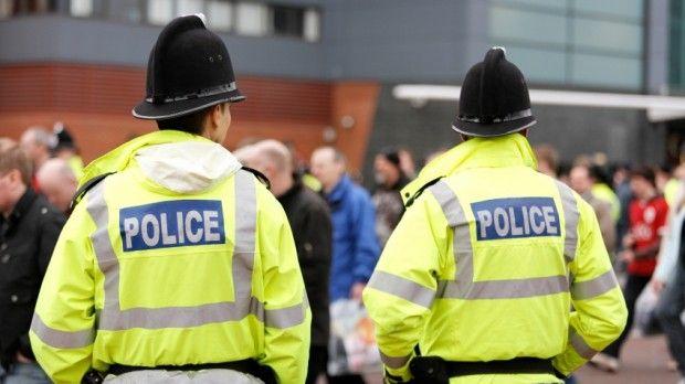 Marea Britanie. Trei tineri români arestați după ce au violat o adolescentă pe plajă! Cine sunt aceștia