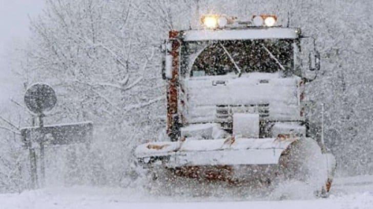 Cod galben de ninsori și viscol pentru duminică după amiază și luni! Ce zone vor fi afectate