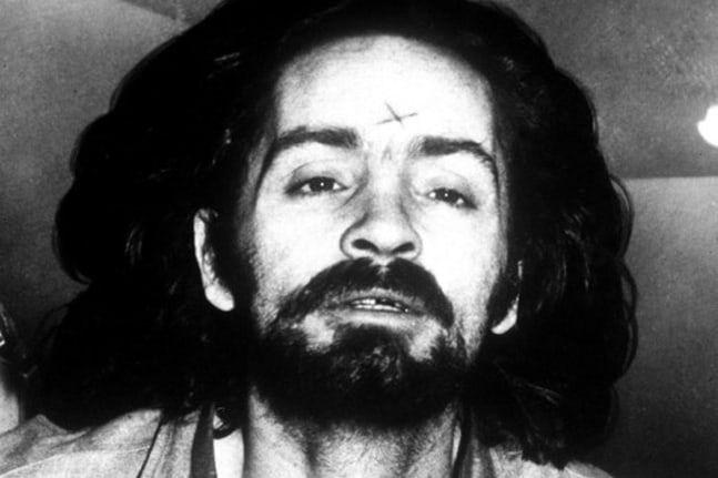 Criminalul CHARLES MANSON, cunoscut drept cel mai periculos om in viata, a fost spitalizat