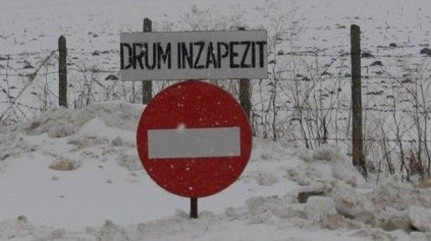 IARNA nu se LASA! 7 DRUMURI NATIONALE INCHISE din CAUZA ZAPEZII! Pe A1 este POLEI