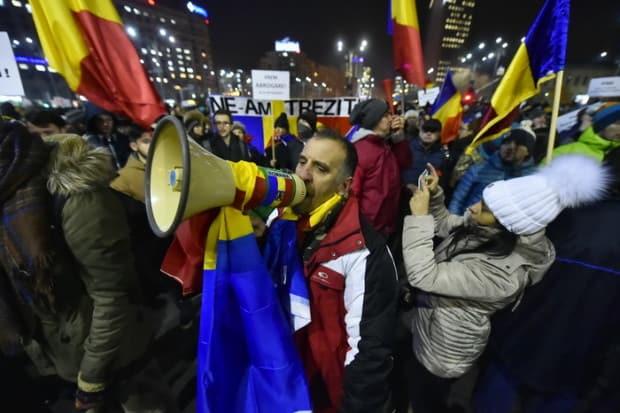 PROTEST ANTI-GUVERN, ZIUA A NOUA, brasov, Bucuresti, Cluj, diaspora, FEBRUARIE 2017, Florin Iordache, GUVERN GRINDEANU, iasi, MODIFICARE CODURI PENALE, ploiesti, proteste, PROTESTE ANTI-GRATIERE, sibiu, timisoara