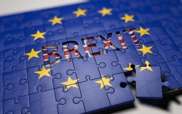 MAREA BRITANIE: BREXITUL VA FI DECLANSAT OFICIAL PE 29 MARTIE