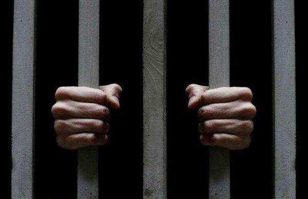 Germania. Un deţinut român a luat ostatic psihologul unui penitenciar