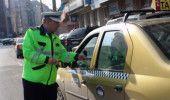 POLITIA a luat la bani marunti TAXIMETRISTII din zona a 5 AEROPORTURI din TARA