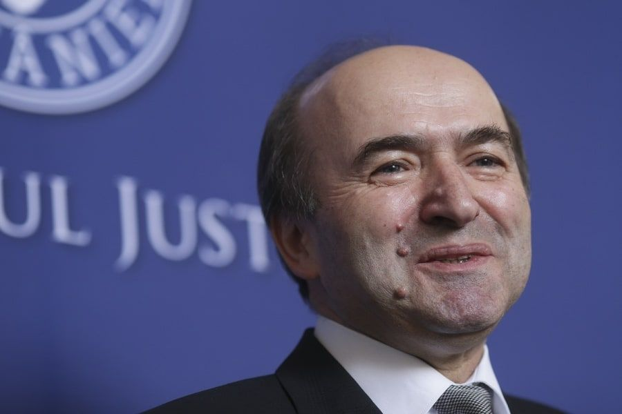 Tudorel Toader a anunțat că demisionează din fruntea Ministerului Justiției