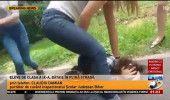 VIDEO SOCANT: ELEVA din ORADEA SNOPITA in BATAIE de NISTE COLEGE