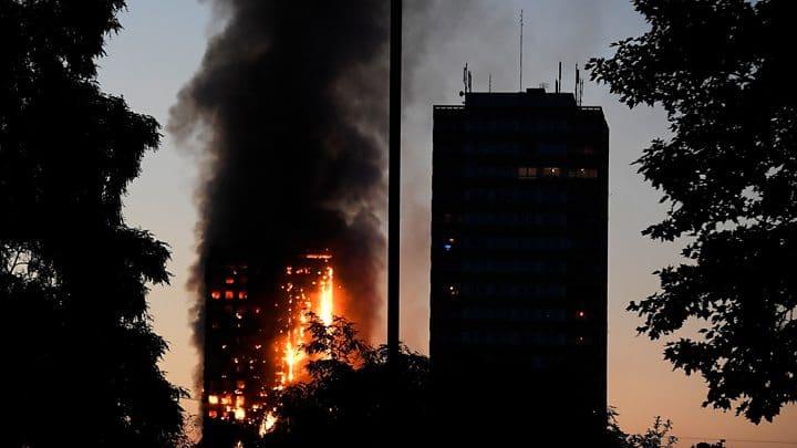 MAREA BRITANIE: BILANTUL TRAGIC al INCENDIULUI de la GRENFELL TOWER continua sa CREASCA