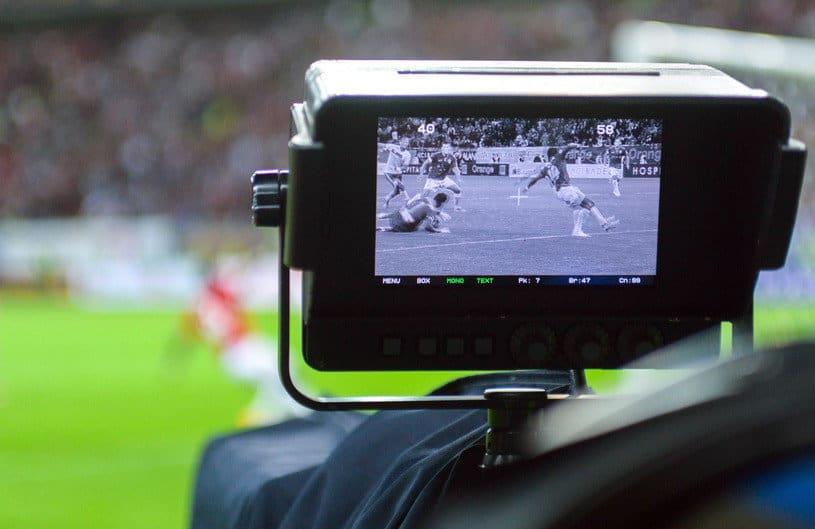 Veste nemaipomenită pentru microbiști! 3 posturi din România au luat drepturile TV pentru Liga Campionilor și Europa League