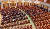 Moțiunea de cenzură a fost depusă de Opoziție în Parlament