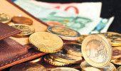 CURS VALUTAR: EURO este pe o PANTA DESCENDENTA