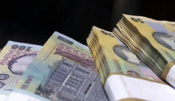 Salariul de bază minim brut pe ţară garantat în plată, votat de Guvern! Ce se întâmplă de la 1 ianuarie 2018