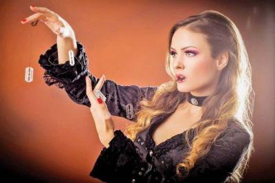 cristina-strecopitov-prima-femeie-magician