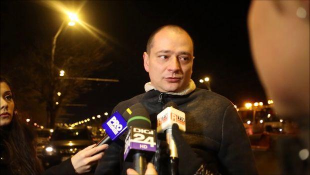 Primarul sectorului 4, Daniel Băluță, caută bani prin gunoaie