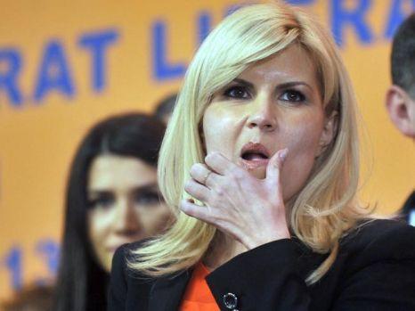 Elena Udrea a uitat deja de sărbători și s-a dezlănțuit: Măi lichelelor ați uitat când lingeați clanța?