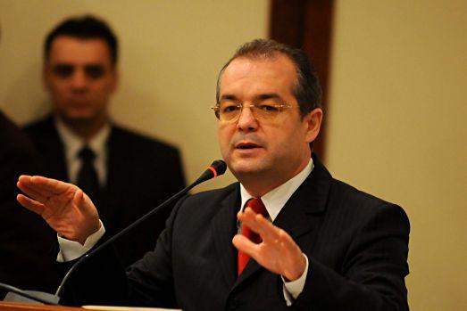 Emil Boc a fost citat cu mandat de aducere la DIICOT