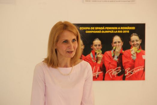 Laura Badea a demisionat de la președinția Federației Române de Scrimă!