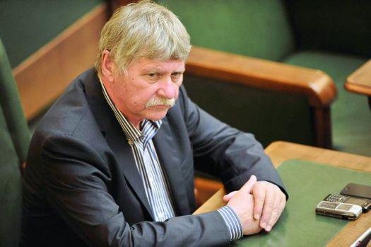 Verestoy Attila a murit! Cel mai longeviv senator avea 63 de ani